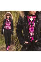 black V&K Boutique jacket - bubble gum printed ted baker sweater