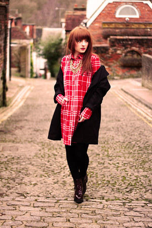 chequered V&K Boutique dress - red black Topshop coat