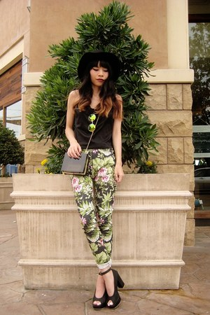 green tropical print romwe pants