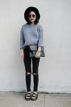 heather gray jumper - black top