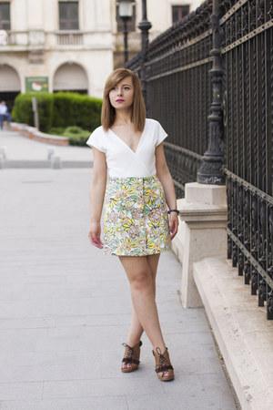 yellow H&M skirt - white Zara bodysuit