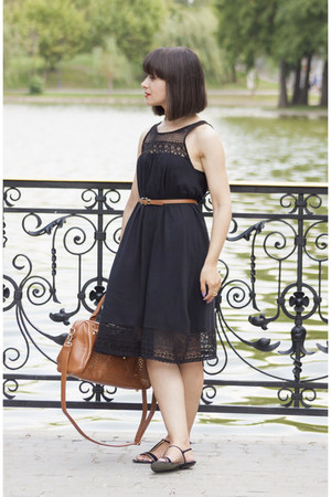 black H&M dress - tawny pull&bear bag - gold Zara sandals