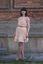 peach Choies dress - tan Stradivarius heels