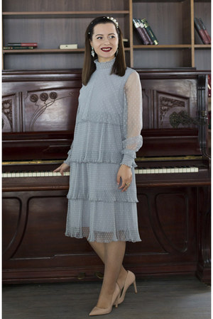 periwinkle Rosewholesale dress - neutral Zara heels