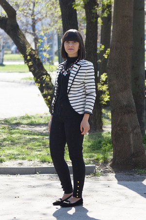 off white dresslily blazer - black Zara pants - black reserved blouse