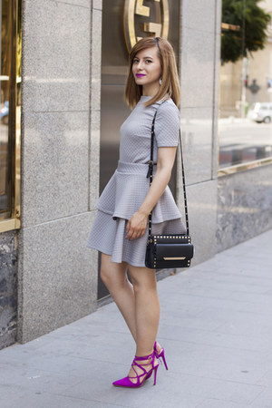 hot pink Zara shoes - heather gray twiggy shop suit