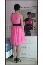 Black-fake-leather-h-m-belt-hot-pink-lace-h-m-dress
