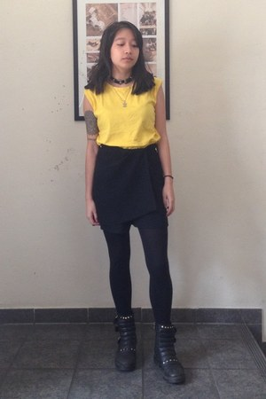 black leather bronx boots - black skort vintage skirt - yellow thrifted top