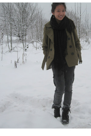 army green H&M coat - black H&M scarf - gray Zara jeans - black goertz boots - l