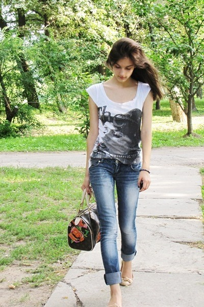 Debenhams t-shirt - Local store jeans - fake Louis Vuitton bag