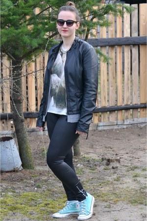 black Diverse jacket - sky blue Converse shoes - black no name leggings
