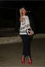Navy-jennifer-jeans-black-izzue-blazer-black-splash-bag