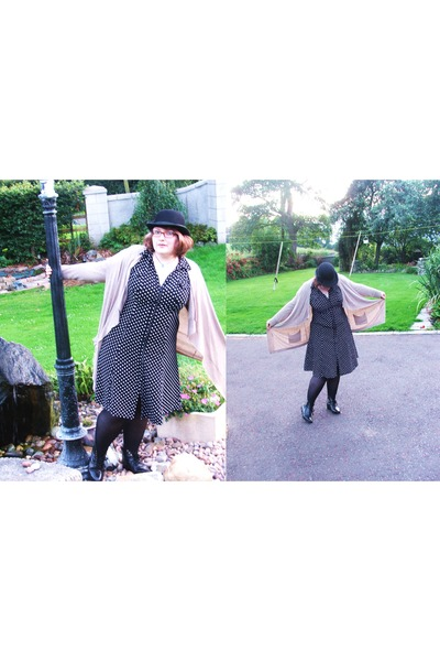 vintage hat - Schuh boots - vintage dress - black tights George tights