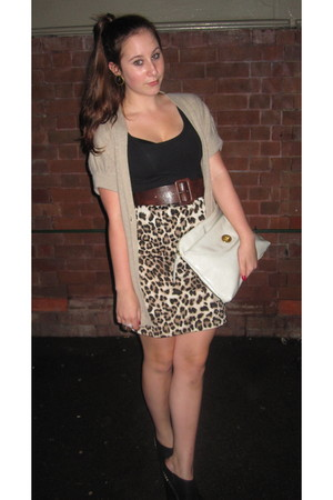 brown skirt - black sam edelman shoes - white BDG bag - beige Sportsgirl cardiga