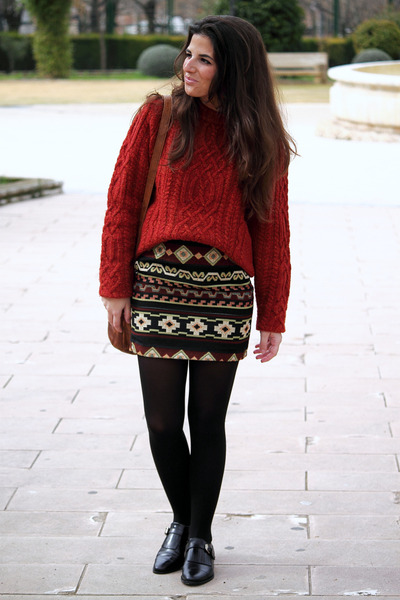 Zara skirt - H&M jumper - Massimo Dutti loafers