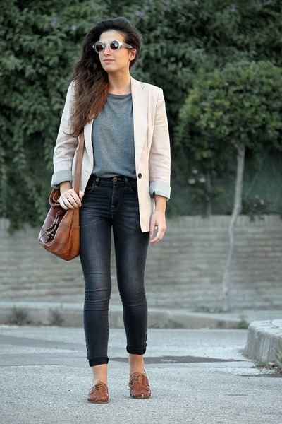 Topshop sunglasses - pull&bear jeans - Zara blazer - Urban Outfitters bag