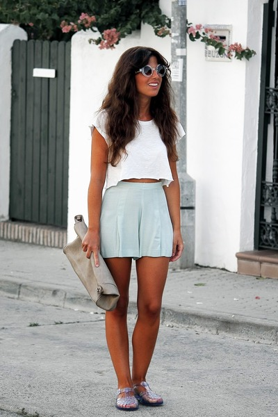 Zara bag - Zara shorts - with diy H&M top - cangrejerasnet sandals