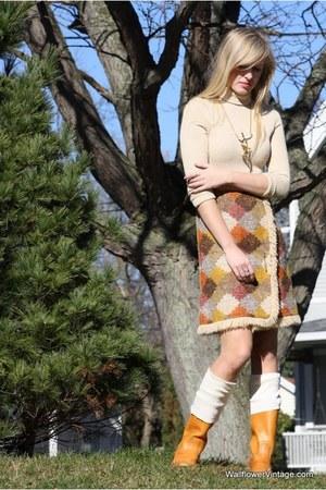 beige Wallflower Vintage dress - neutral thrifted vintage stockings - tawny thri