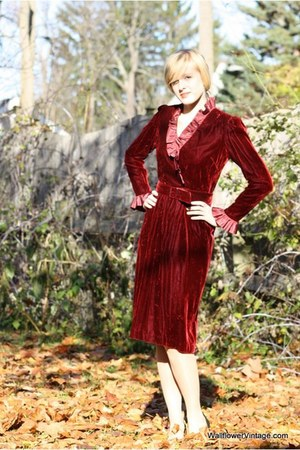 maroon Wallflower Vintage dress