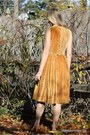 Gold-wallflower-vintage-dress
