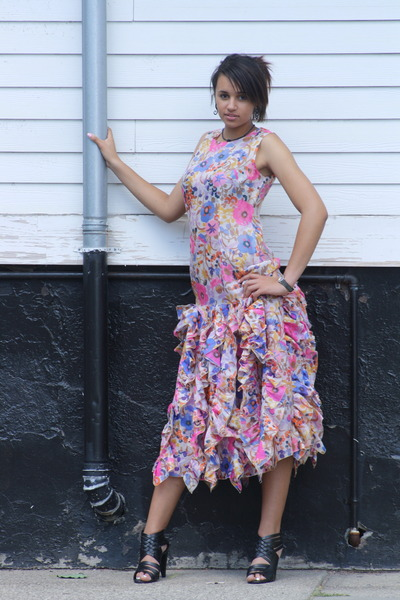 bubble gum 1970s organza Wallflower Vintage dress