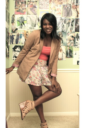 skort shorts - shoes - blazer - tube top top