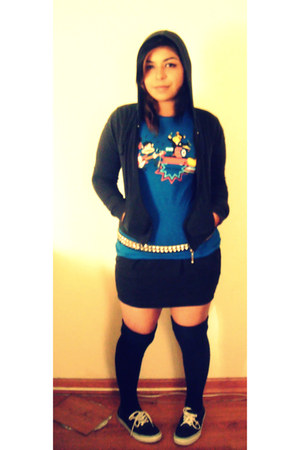 black vintage belt - blue Paul Frank t-shirt - black Forever 21 skirt - black Va