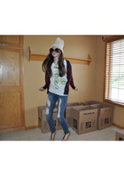 Hanes t-shirt - Gap hat - Forever21 jeans - BDG sweater - sunglasses - shoes