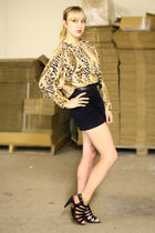 gold Vintage by We Move Vintage blouse - black Zara shorts - black DSW shoes - b