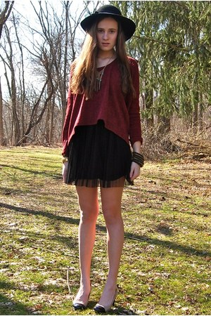 brick red Wholesale-Dress sweater - black H&M dress - black gifted hat