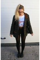 Dr Martens shoes - vintage coat - Levis shorts - Zara t-shirt - Primark belt