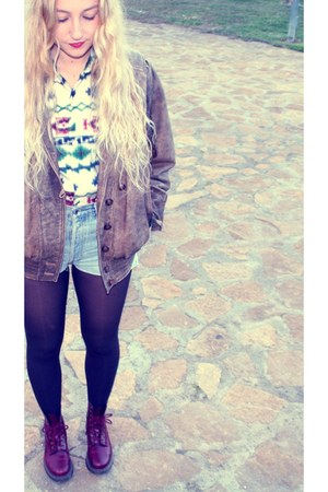 vintage jacket - Dr Martens boots - vintage shirt - Levis shorts