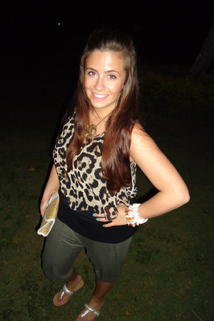 light brown Tempt top - olive green Matalan pants - gold Primark sandals