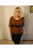 vintage belt - vintage blouse - vintage skirt