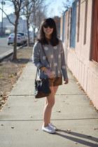f21 sweater - D&B purse - f21 shorts - f21 bracelet