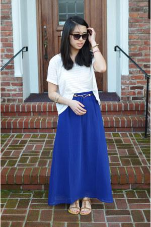 f21 skirt - H&M t-shirt - montaffair belt