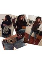 Rock sweater - sword jacket - met jeans - Converse AllStar shoes - belt - united
