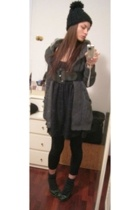 Zara blazer - H&M dress - H&M belt - united colors of benetton hat - Bershka sho