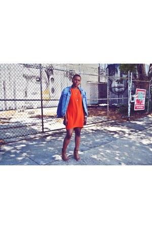 blue denim jacket Levis jacket - brown lace up Deena & Ozzy boots