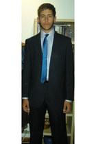 Mirto suit - Hackett tie - Mirto shirt - Zara belt - Zara shoes