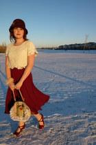 maroon wool Nygard hat - olive green handmade vintage bag