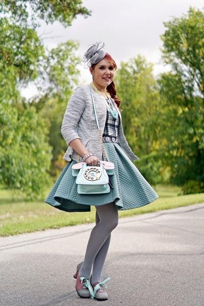 light blue bag - heather gray hat - silver blazer - bubble gum pumps