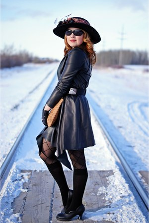 black leather danier coat - black lace up Pretty polly tights
