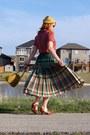 Green-reversible-vintage-skirt-mustard-vintage-hat-mustard-vintage-bag
