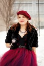 Crimson-beret-wool-hat-black-leather-gloves-crimson-bodysuit