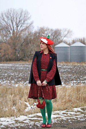 red apple bag - red apple print dress - red apple beret hat - green tights