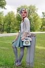 Silver-hat-heather-gray-blazer-pink-bag-salmon-heels-aquamarine-skirt