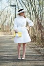 White-quilted-vintage-coat-black-daisies-vintage-hat