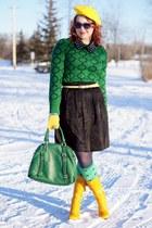 yellow wool beret Ebay hat - yellow leather Fluevog purse