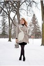 Black-boots-tan-coat-white-hat-black-tights-heather-gray-bag